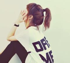 qq头像女生时尚的:爱情甜蜜