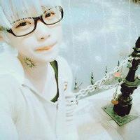 qq头像男生白色:时尚配配配