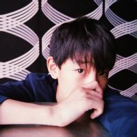 明星男生QQ头像:时光有多长