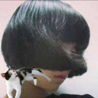 头发qq头像:在记忆的间隙