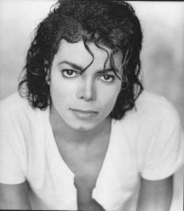 迈克尔杰克逊年轻qq头像:现在我的生和死