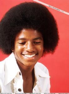 迈克尔杰克逊小时候qq头像:世界地图打开