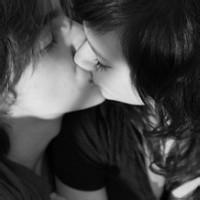 qq头像接吻:英俊潇洒好威凛