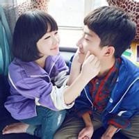 qq头像情侣带亲吻 带字:让我好好的爱你一遍