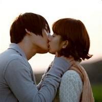 qq头像 亲吻:三我爱你的时候