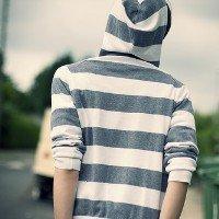 qq非主流头像男生背影:寂寞不一样的