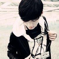 qq头像炫酷男生:那些未曾说出的想念