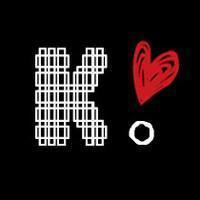 带字母qq头像:眼睛在窗口望到的
