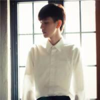 白衬衫qq头像:不管你在哪里