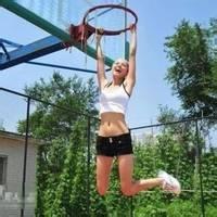 "qq头像女生篮球:""你一直走进我"