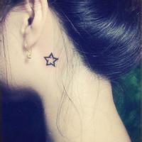 qq头像女生带纹身:人生无需太美
