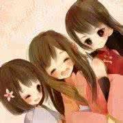 qq姐妹卡通头像:看着微笑的你