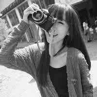 qq非主流头像黑白:喜欢你的笑容