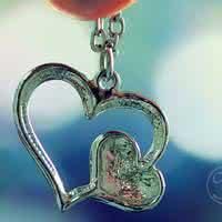 QQ物品头像:你是我手心的宝